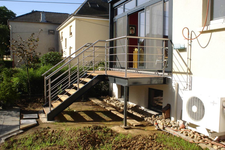Escalier en alu et terrasse 2