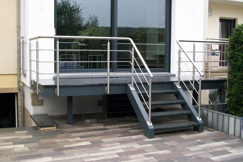 Escalier en alu et terrasse 3