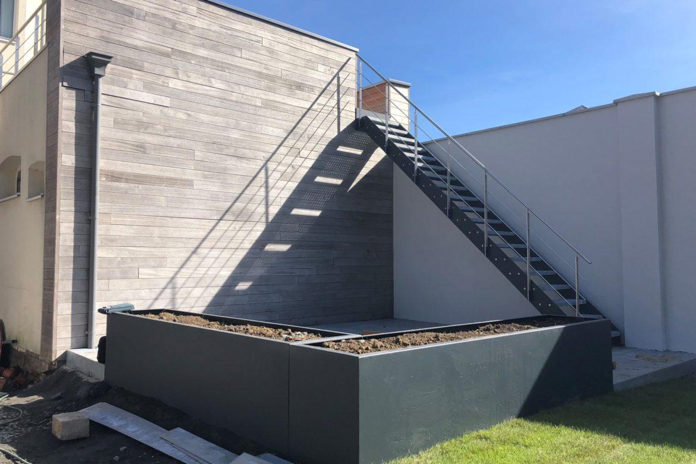 Escalier extérieur en plat 1