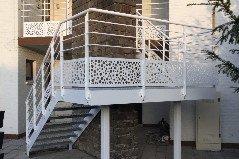 Escalier extérieur en plat 4