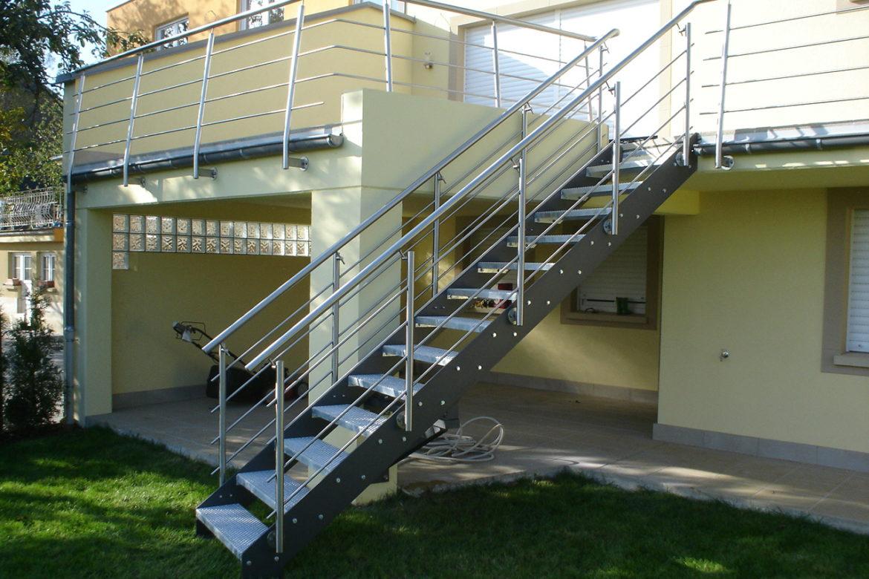 Escalier extérieur en plat 8
