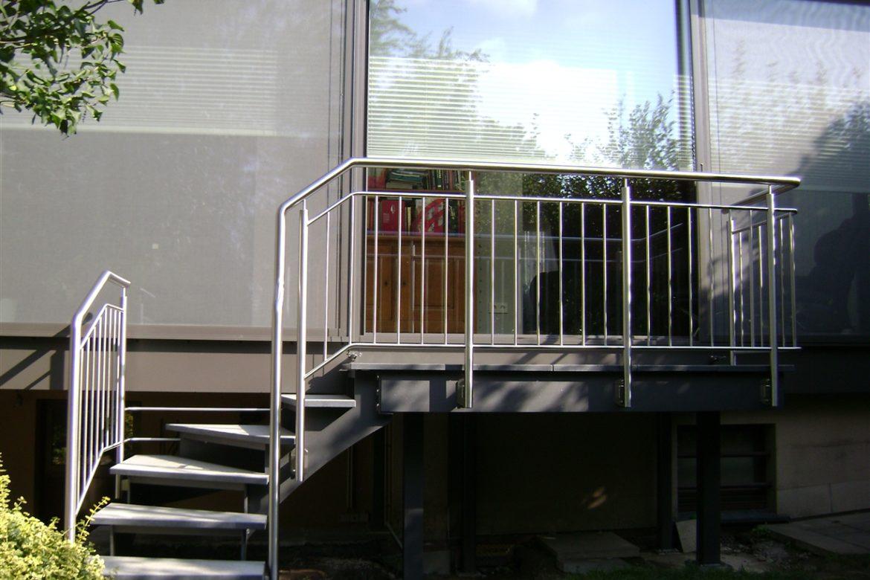 Escalier extérieur limon en crémaillère intérieur 1
