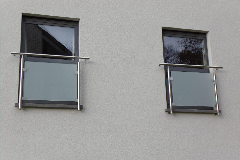 Protection de fenêtre en verre opalin